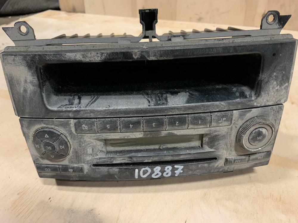 Магнитола (аудио система)   A6396891031